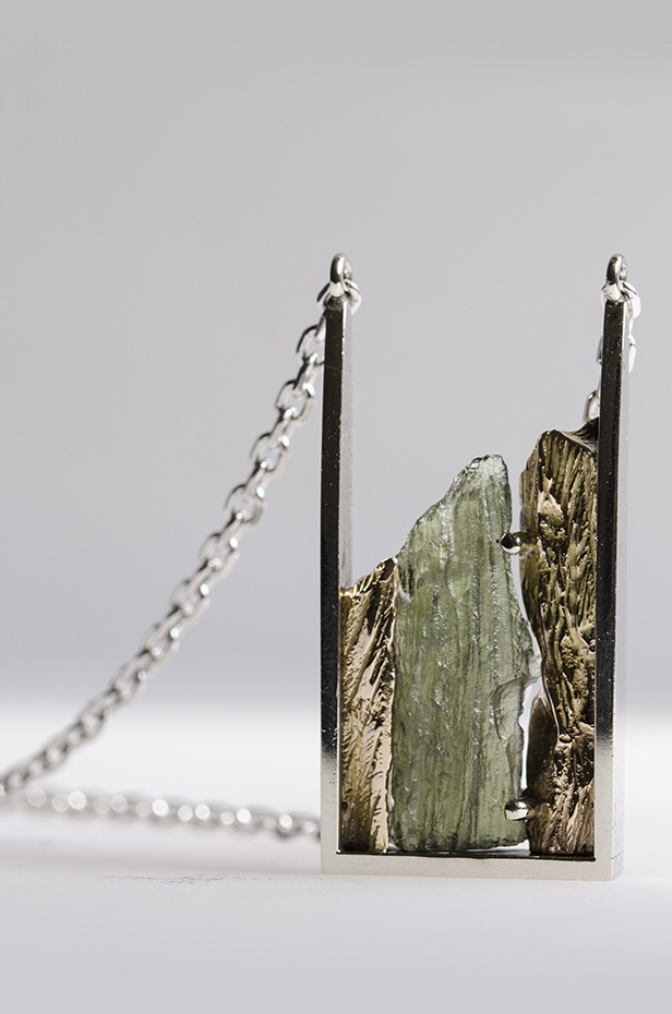 Design ékszer, Veronika Vallus, moldavit nyaklánc