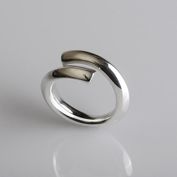 Ezüst gyűrű, Spirál