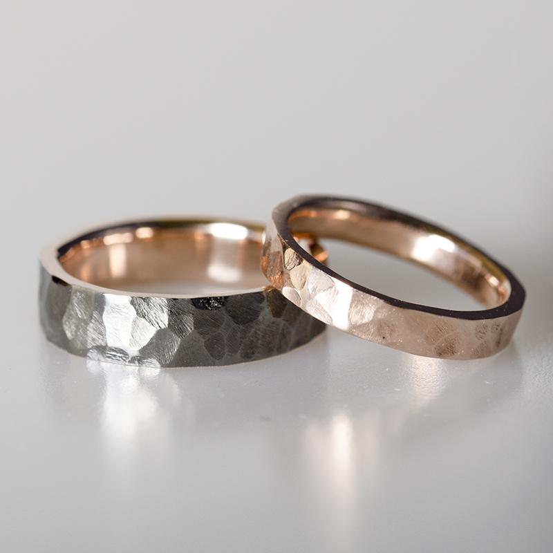 Kalapált felületű jegygyűrű